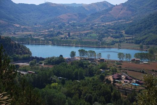 Lago nel parco del Pollino