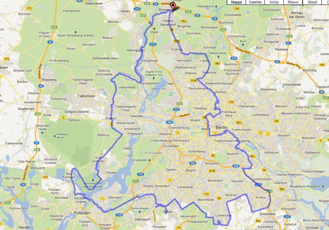 Pianta Muro Berlino : La pista ciclabile lungo il muro di berlino