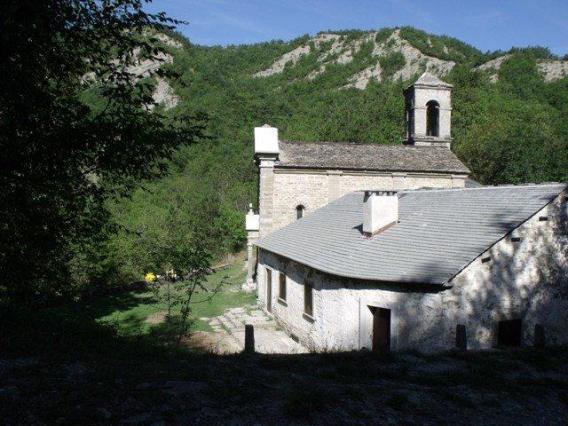 19 - pietrapazza paese abbandonato nella valle del bidente