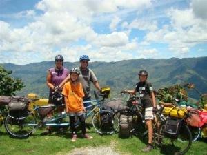 famiglia-americana-viaggio-in-bici