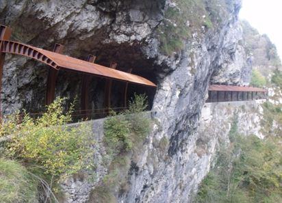 valle-seriana-roccia