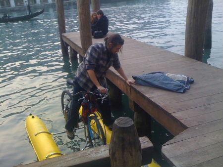 bicicletta-sullacqua