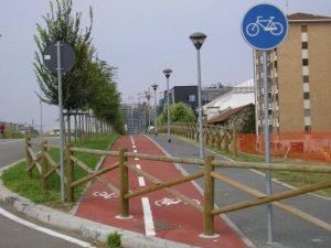 "Foto 12. Milano, ciclopista ""Senza via di uscita"""