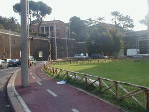 Foto 1. Roma, pista Attento!, Viale delle Belle Arti