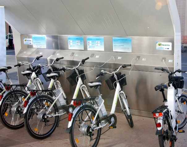 Stazione_ricarica_bici_elettriche