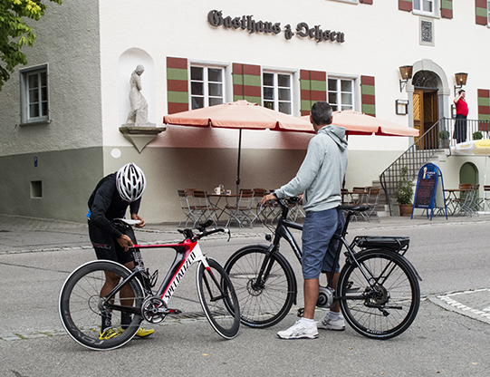 due bici diverse