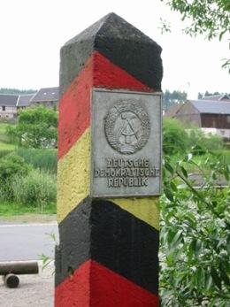 Moedlareuth_DDR-Grenzpfosten