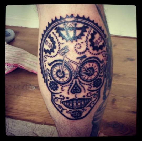 Tatuaggio Bicicletta Stilizzata