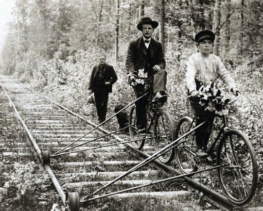 oldbike_museum_2_railway_bicycle