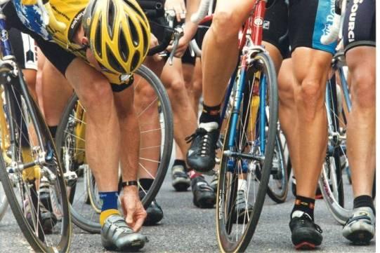 ciclisti si depilano le gambe