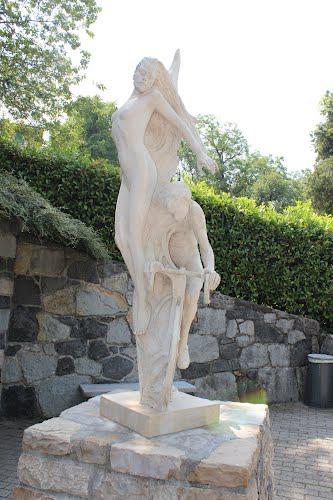 Colle Gallo, monumento ai ciclisti