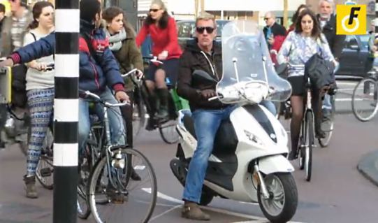 moped-amsterdam2014