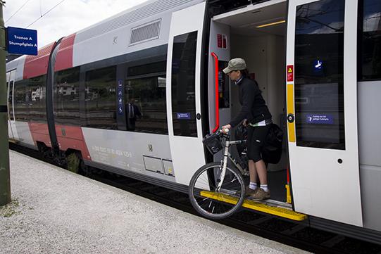 treno bicicletta dobbiaco