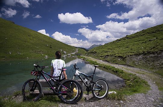 panorama lago arosa bike 541