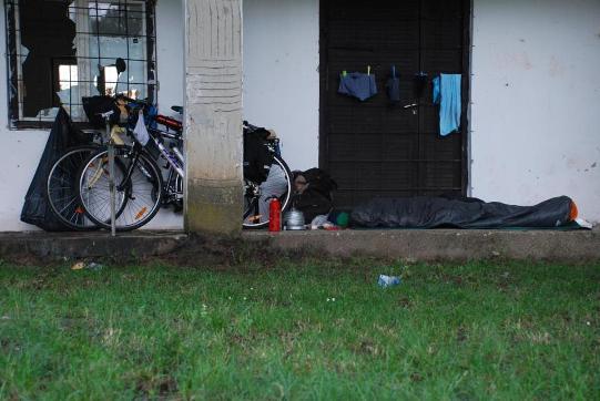 Si pu viaggiare in bici con pochi soldi - Comprare casa senza soldi ...