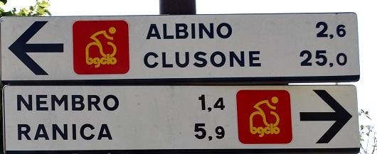 Segnaletica della Val Seriana
