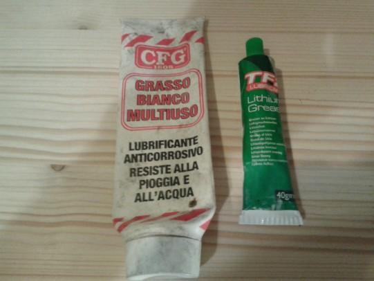 Grassi-lubrificanti-bici-4