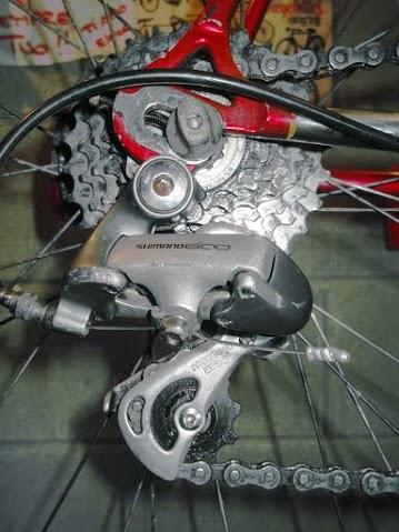 Deragliatore posteriore per bici da corsa