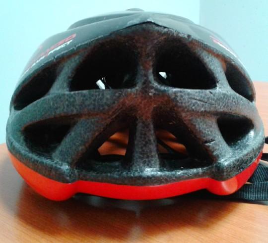 le prese di aerazione di un casco da corsa.