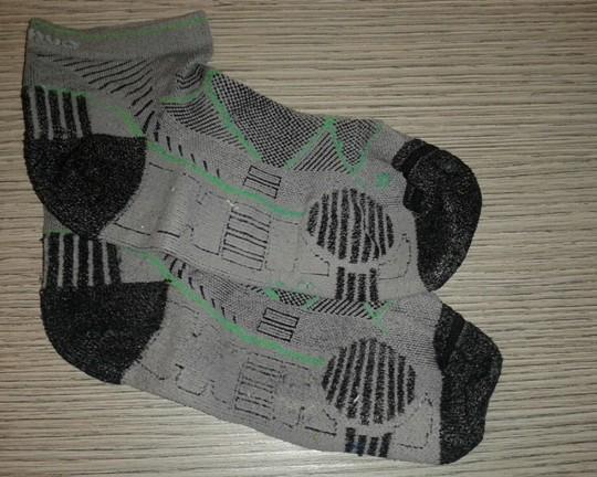 calze da ciclismo estive con rinforzi per evitare le abrasioni