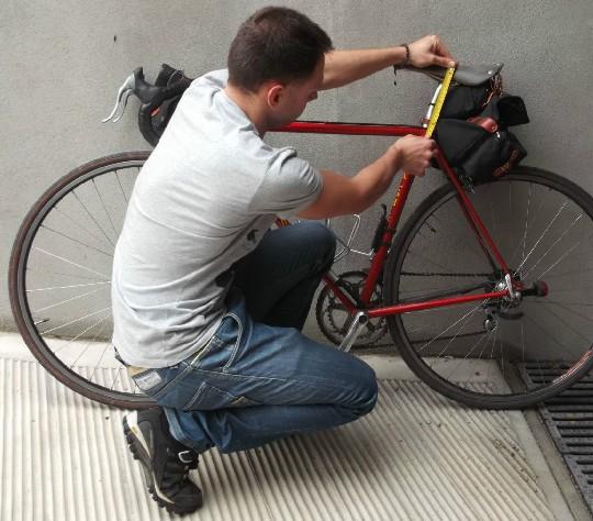 regolare la bici può rivelarsi un lavoro lungo e certosino!