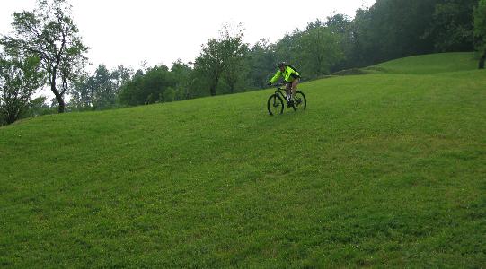 canossa-bike-3
