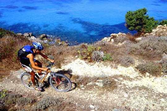 Una ciclopista per girare tutta l'Isola d'Elba in bicicletta