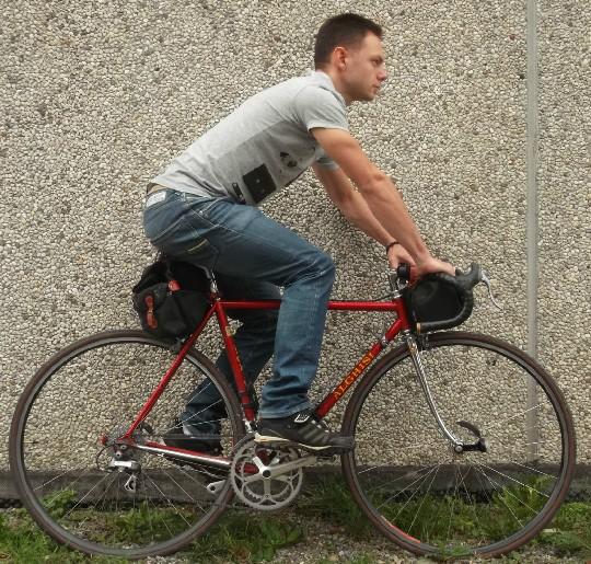 cambiando i valori di altezza e di arretramentro sella si ottengono posizioni in sella più rilassate e adatte al cicloturismo