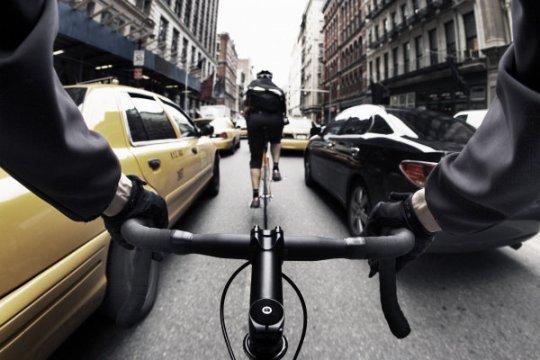 bike-messenger-new-york