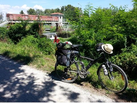 Le chiuse del canale di Taglio, vicino a Mira (Ve), direzione Romea