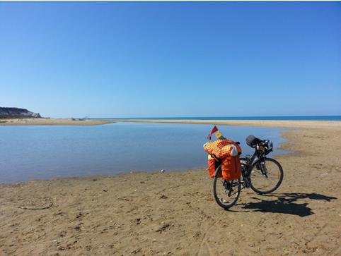 Spiaggia nella riserva naturale della foce del fiume Platani