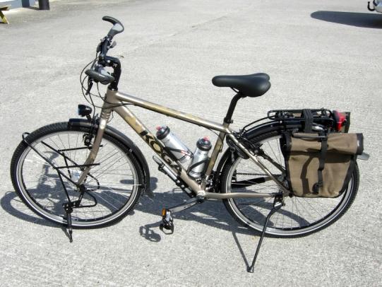 """La Koga World traveller equipaggiata con ruote da 29"""" fonte: velo.ie"""