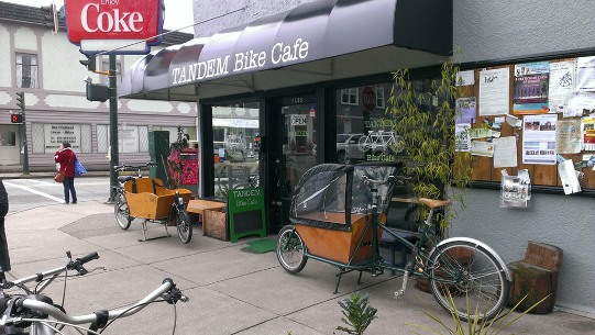 EXPLORE-tandem-bike-cafe