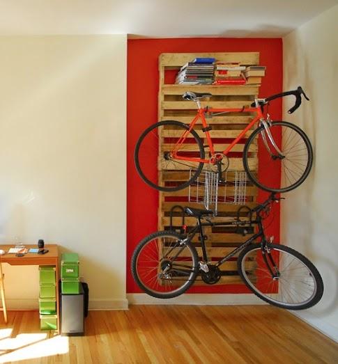 Supporti per bici da interno for Porta pellet da interno