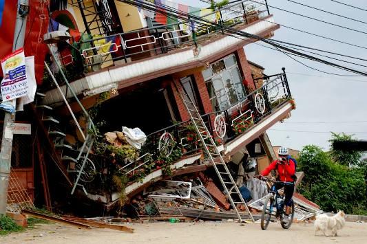 aiutare-nepal