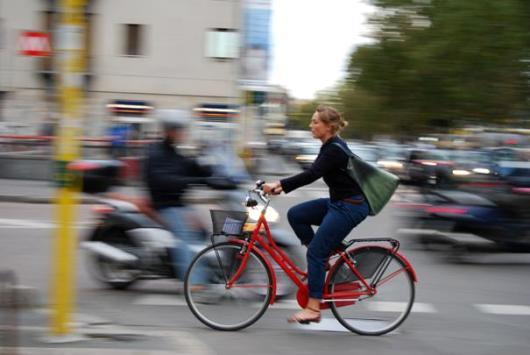 pedalare-traffico