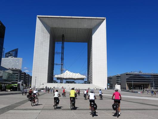 La parigi londra in bicicletta con simonetta for Quartiere moderno parigi