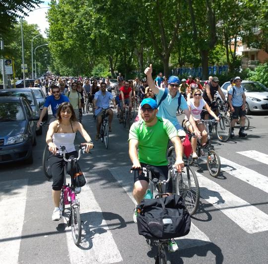Ciclisti_urbani_Roma_540
