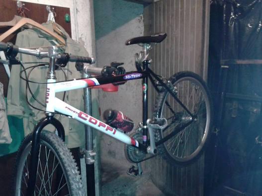Allestire un 39 officina per bici in 1 5 metri quadrati for 2 piedi quadrati per garage