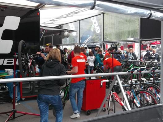 free test bike per tutti, c'era da attendere ore