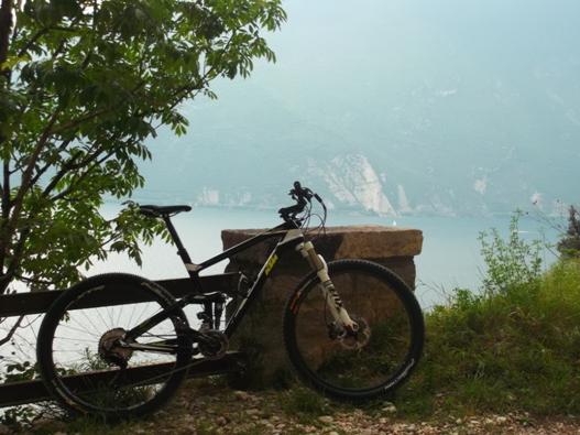 I sentieri di Riva offrono vedute spettacolari del lago di Garda