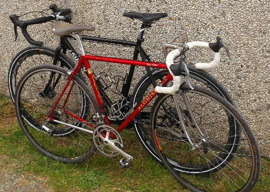 Vintage Vs Moderno Levoluzione Della Bici