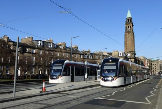 edimburgo-bici-tram