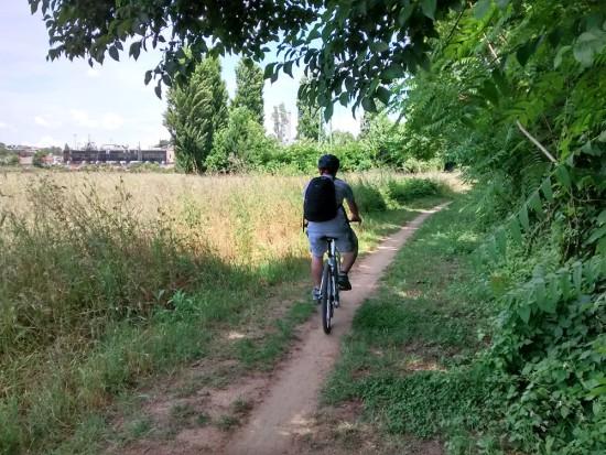 in bici lungo l'aniene