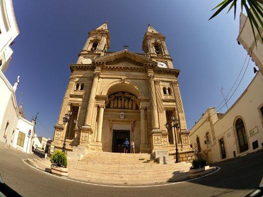 Chiesa dei Santi Cosma e Damiano ad Alberobello
