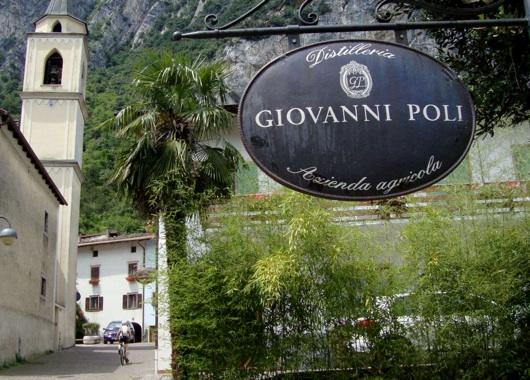 Una delle tante distillerie presenti nella frazione di Santa Massenza