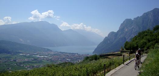 Rientro con vista sul lago di Garda