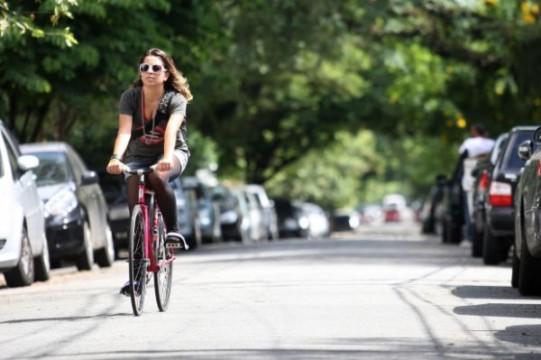 bikes vs cars aline