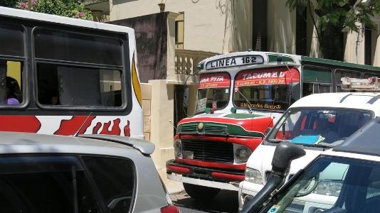 Nel caotico traffico di Asunción (Paraguay)