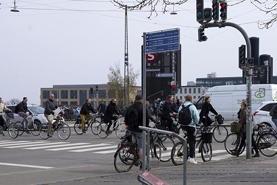 10 copenhagen traffic_bikeitalia
